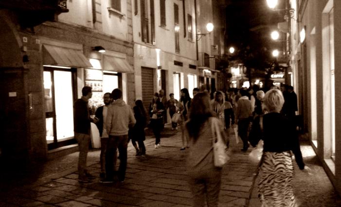 negozi di sera seppia